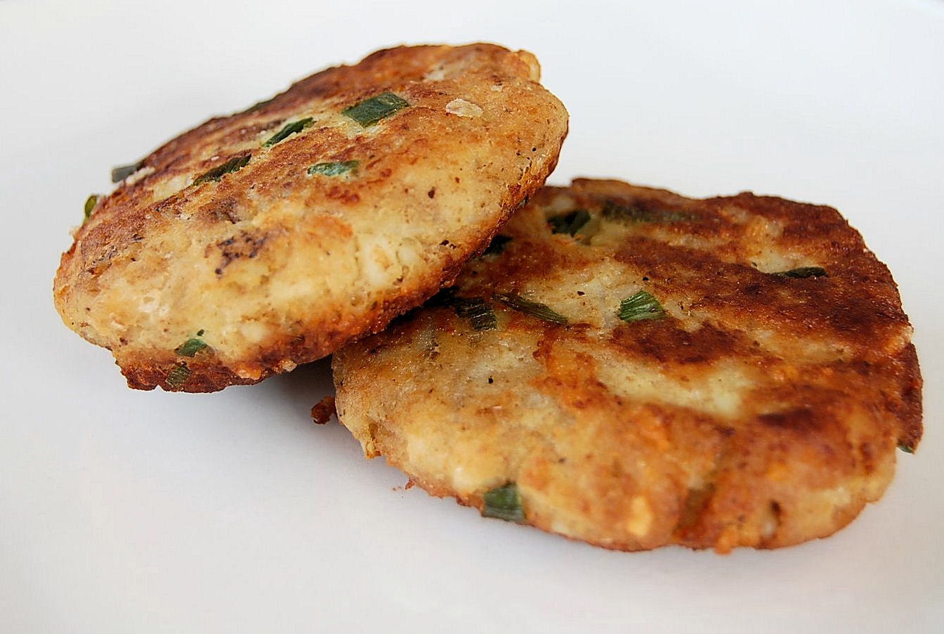 Crisp Mashed Potato Fish Cakes